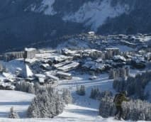 Moving Prestige assure vos déplacement avec un véhicule adapté vers les stations de ski des alpes. Au programme : Courchevel, Méribel, La tania, Val-d'Isère et toute autre station de sports d'hiver sur simple demande.