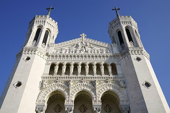 Visiter la célèbre Basilique Notre-Dame de Fourvière