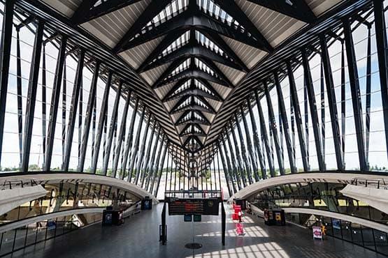 Transport VTC varec les gares de Lyon Perrache et Part-Dieu